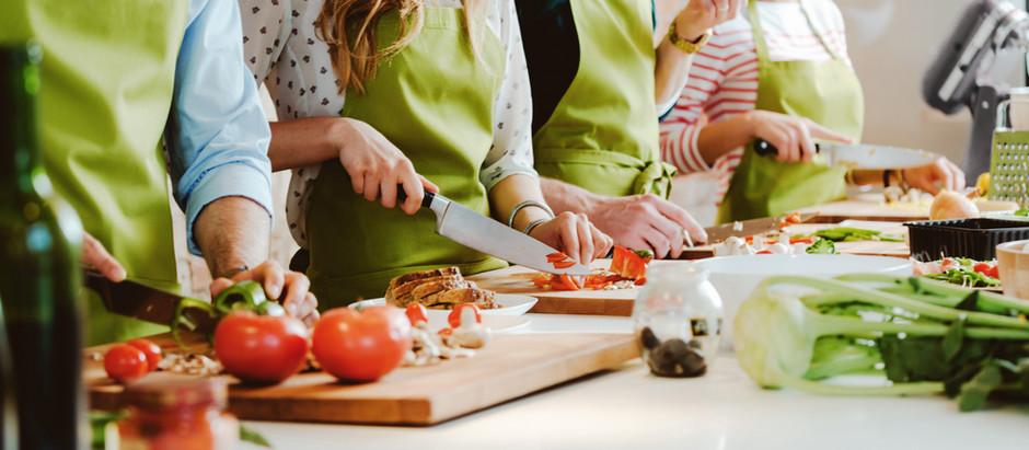 人々を「まぜる」のは、感覚を呼び覚ますアートと料理