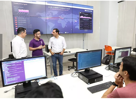 El Gobernador entrega nuevas instalaciones y equipos tecnológicos de última generación a la UPY