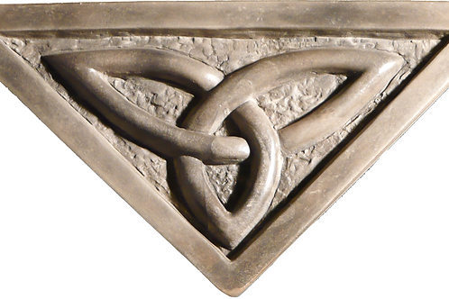 """Trinity Knot - 7"""" Across at Top"""