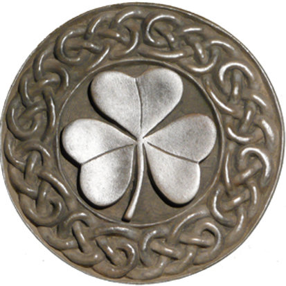"Irish Shamrock - 7"" Across"