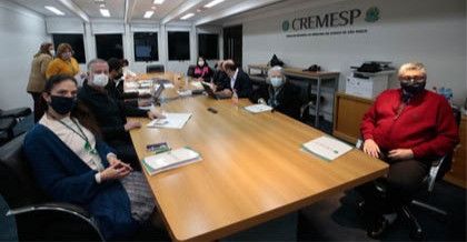 Cremesp reúne CEMs para apresentar novo sistema digital de envio de relatórios de apuração