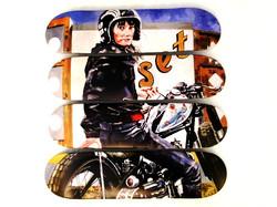 Moto (M. Woodhatch)