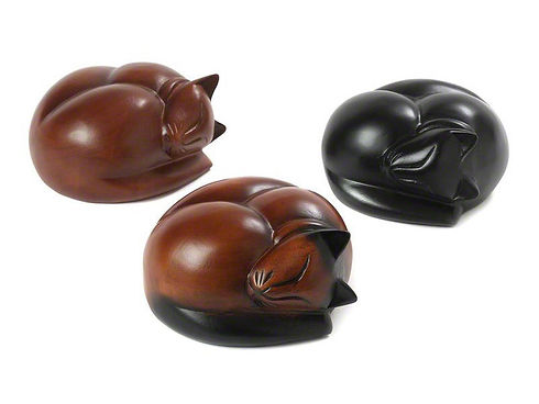 PETRIBUTES_Carved_Sleeping-Cats_Range.jp