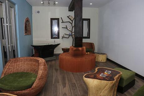 2727 Lounge
