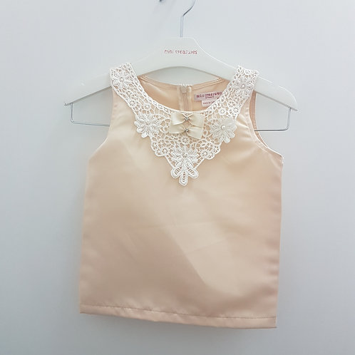 Size 4 -Girls top