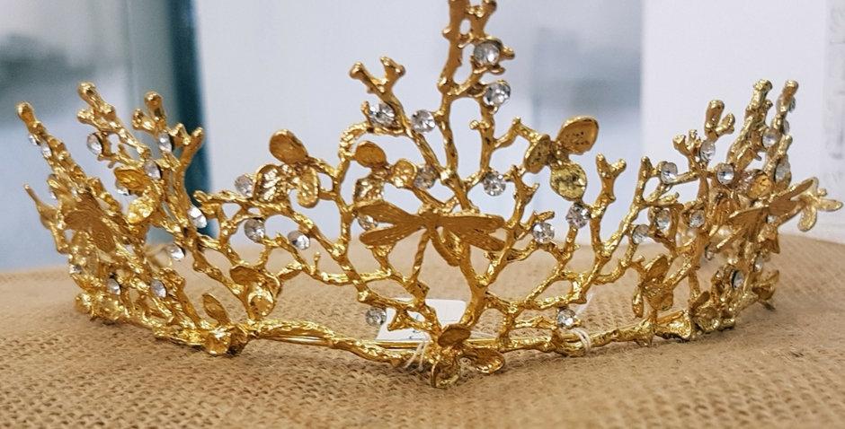 Anna Crown