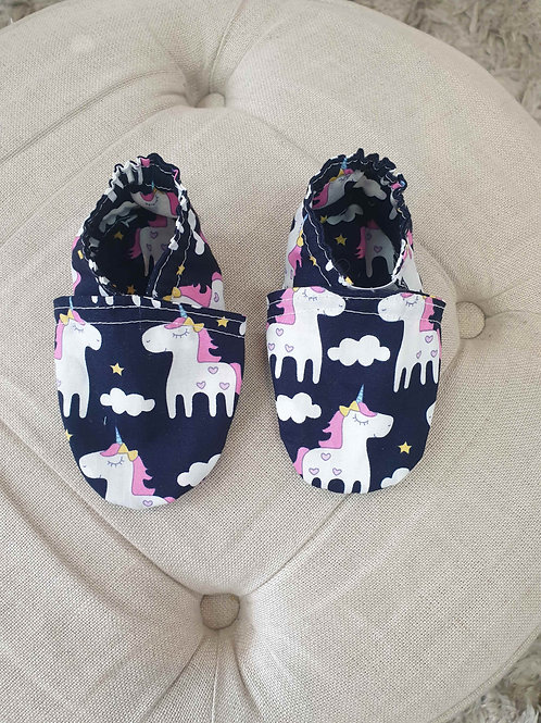 Washable baby shoes with elastic