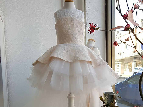 Aisha lace dress with tulle and train - Custom made
