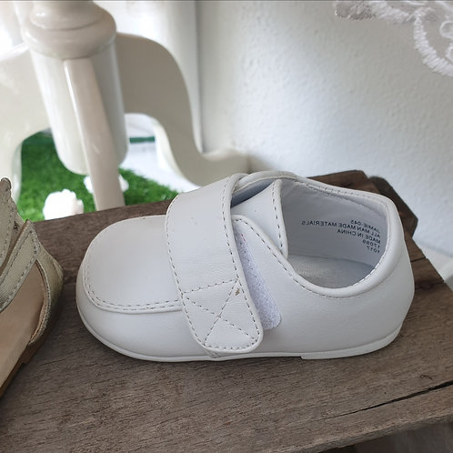 boys velco baby shoes -white