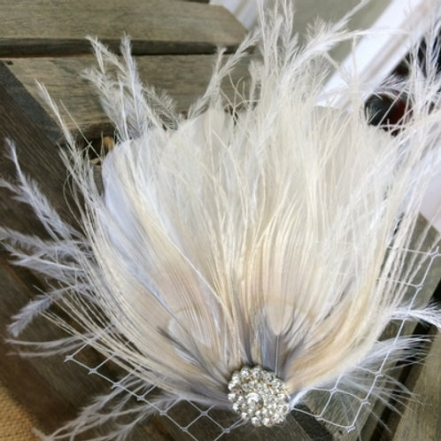 Feather hairpin accessories with netting