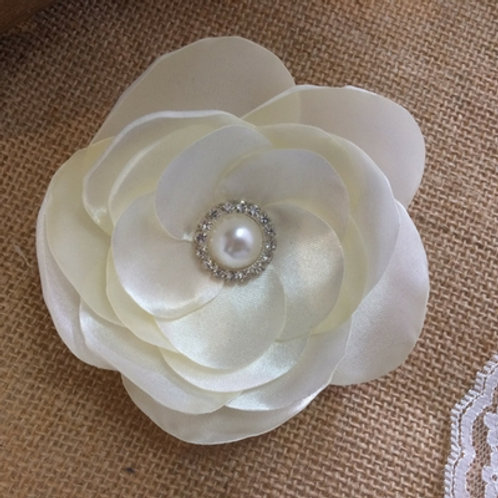 Satin Pearl flower