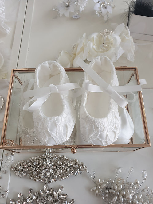 Hand made ivory lace satin shoes
