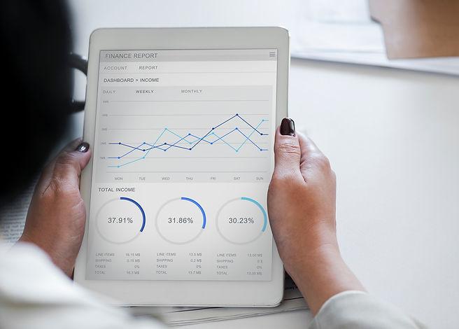 analysis-business-businesswoman-955447.j
