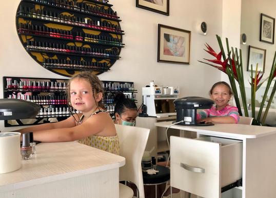 Children Manicure