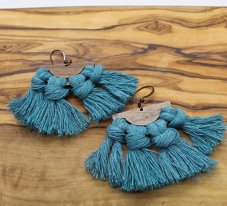 Forget Me Knots Macrame Walnut Fan Earrings