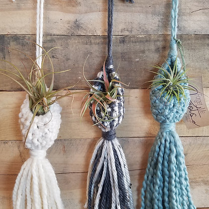 Forget Me Knots Macrame Small Air Plant Pods