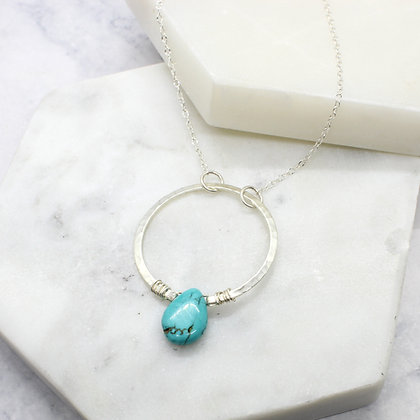 Hammered Circle Necklace with Kingman Turquoise