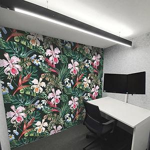 Home-office-pod-flowers-back-wall-web.jp