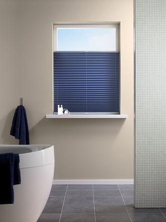 Plissé Shades Full Room Photo bathroom-2