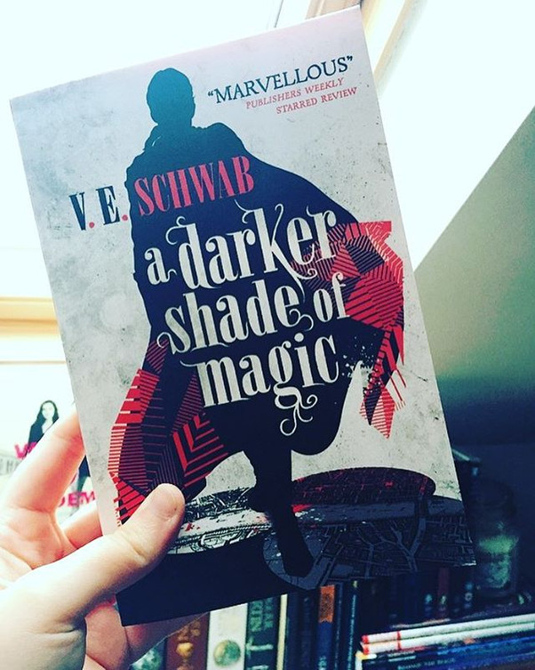 Review | A Darker Shade of Magic by V.E. Schwab