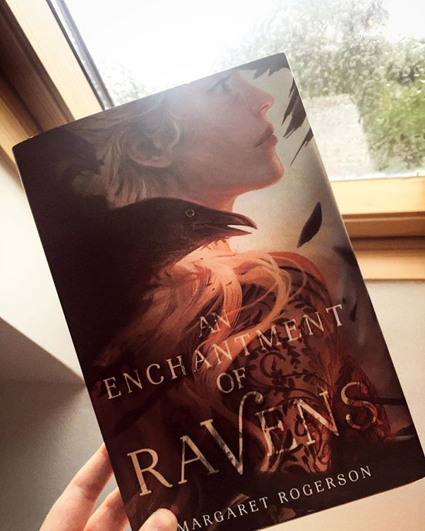 Review | An Enchantment of Ravens by Margaret Rogerson