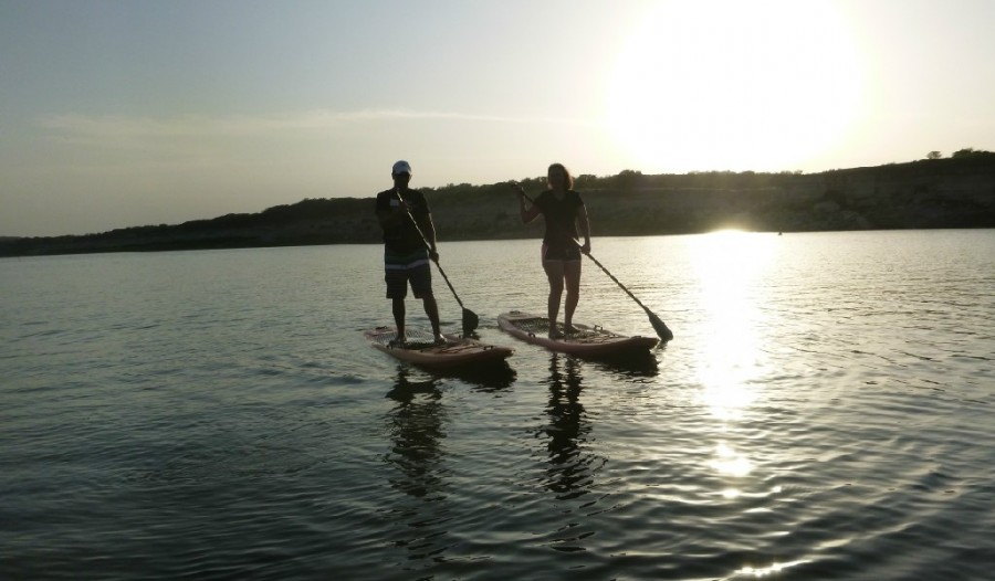 SUP-on-Lake-Travis-e1428578748732.jpg