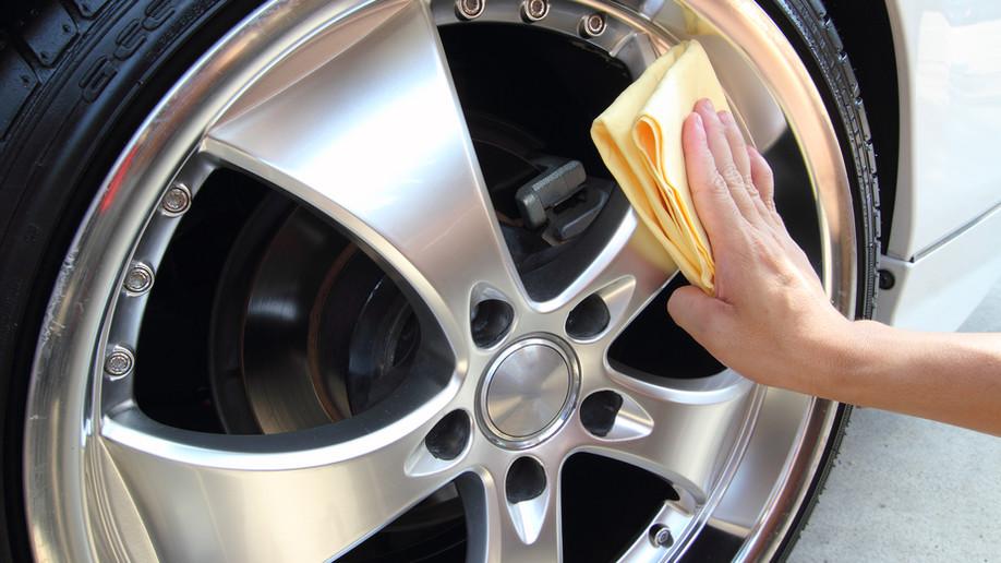 Pau (64) : Confiez le nettoyage de votre voiture à un professionnel