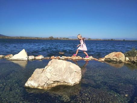 Далекі краї та практичне природознавство: мандрівки з малими дітьми