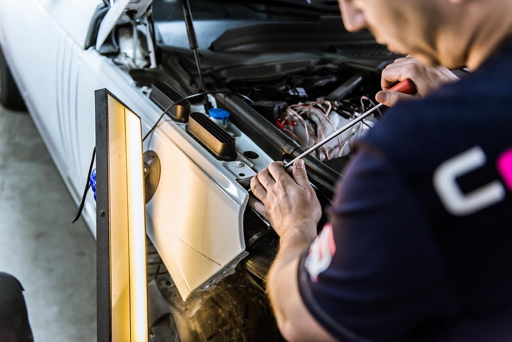 Ремонт царапин и сколов на кузове автомобиля по отличной цене