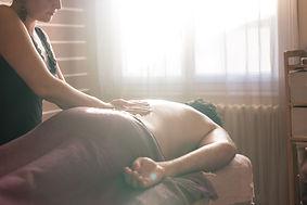 Thérapie psycho-corporelle: Le massage intuitif est avant tout un massage personnalisé et adapté à vos besoins, votre humeur du moment. Vous êtes unique avec une histoire qui vous est propre, votre massage l'est aussi...