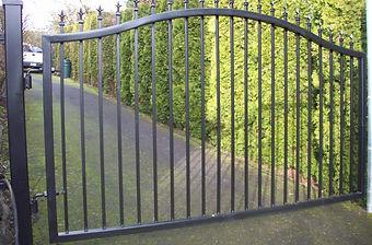 Standard-Driveway-Gate-Item-01.jpg