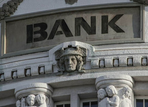 Smartphone Banking: Will smartphones replace bank branches?