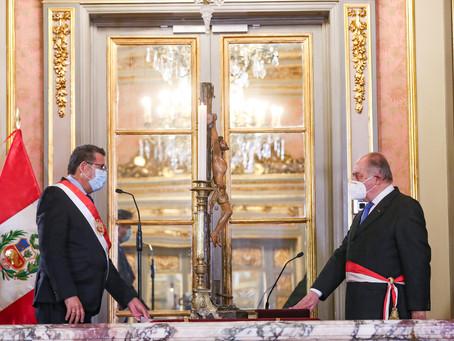 ESPECIALES | Perú: Presidente Manuel Merino toma juramento a su nuevo premier, Ántero Flores-Aráoz