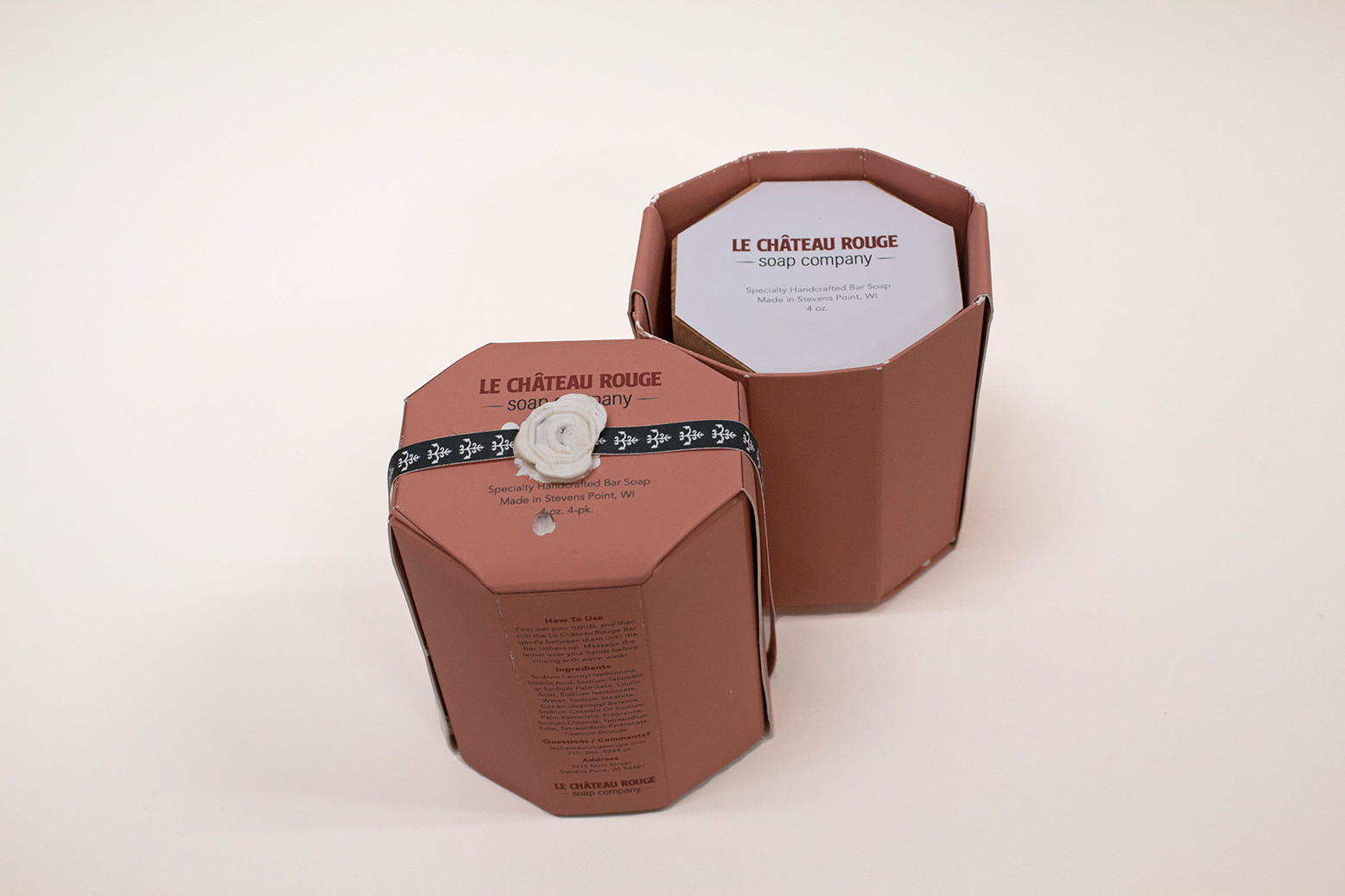 Le Chateau Rouge Packaging