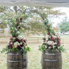 wine barrel flower arch.PNG