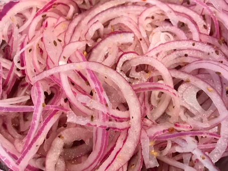 Quickled Red Onions
