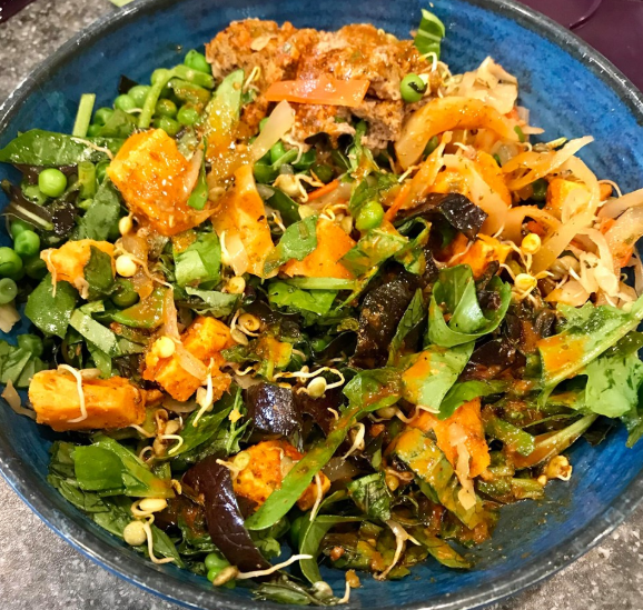 vegan bowl drizzled with Epicure Smoky mojo