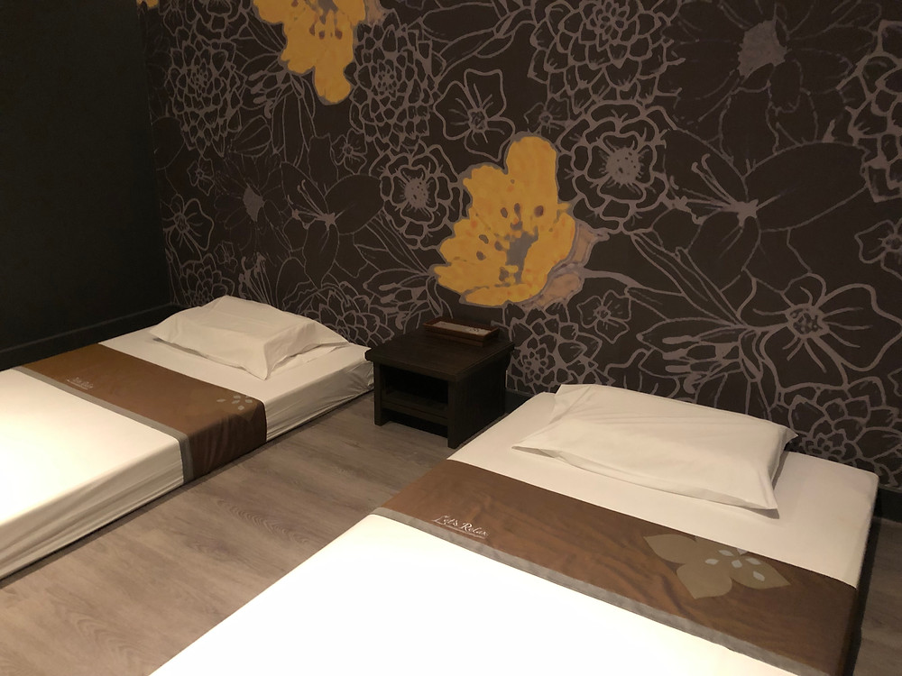 Thai massage beds at Let's Relax, The Allez, Bangkok