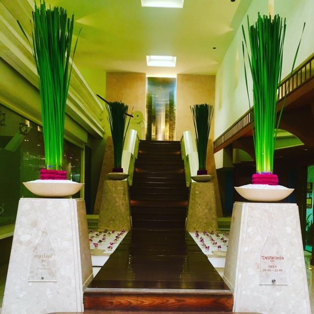 Entrance to Devarana Spa Bangkok