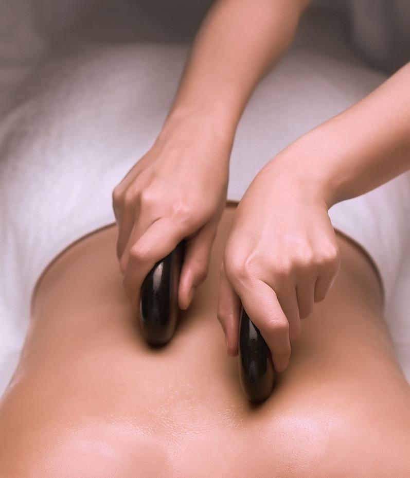 RarinJinda Wellness Spa hot stone massage