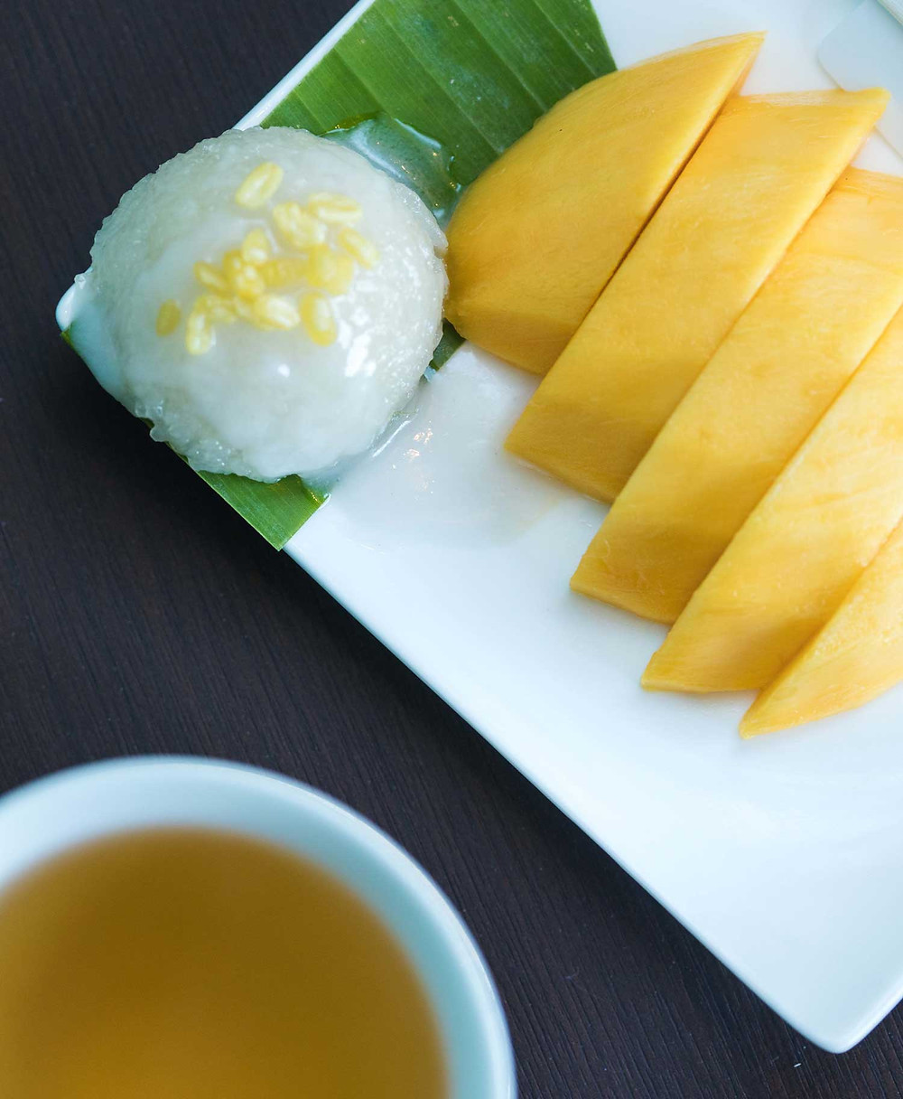 Post-treatment mango-sticky-rice with herbal tea