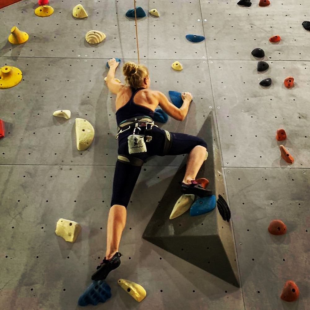 Indoor climbing is a challenge for the brain and the body