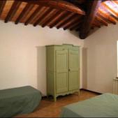 appartamento-lucca-la-camera_24544-3.jpg