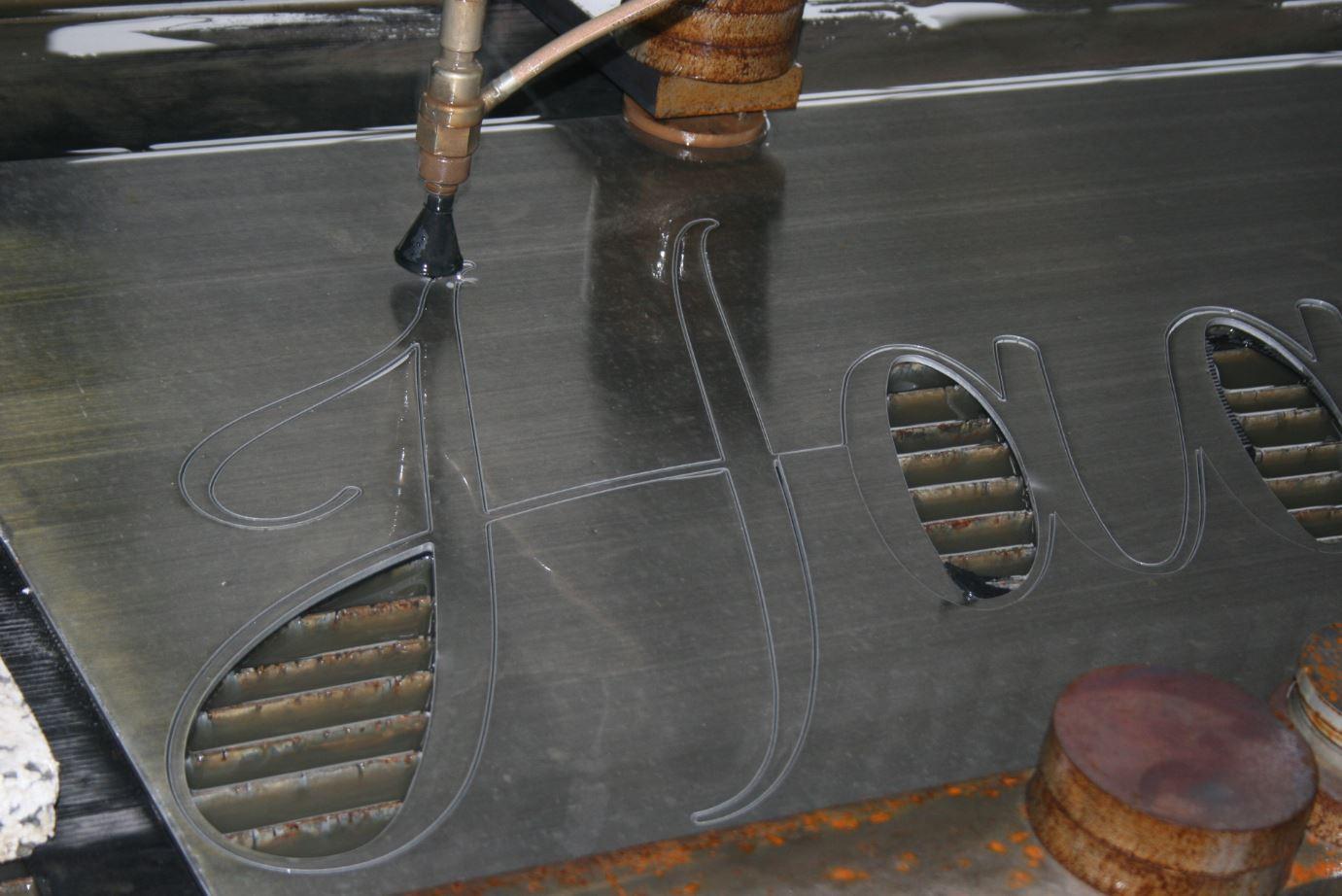 Wasserstrahlschneiden