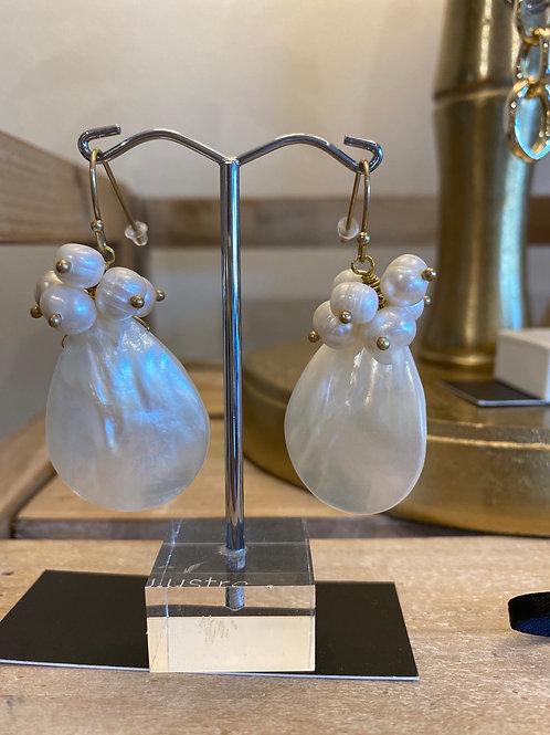 Mother of Pearl/seed pearl earrings