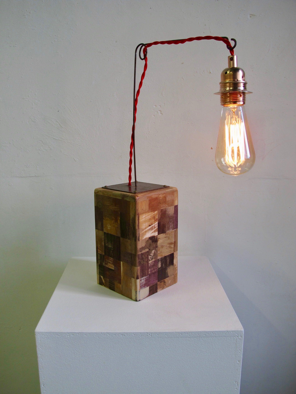 Lampe avec ampoule à filament 026