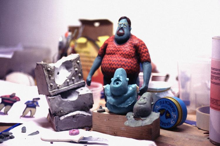 Ministudio - Plastilin, resin and silicon puppet