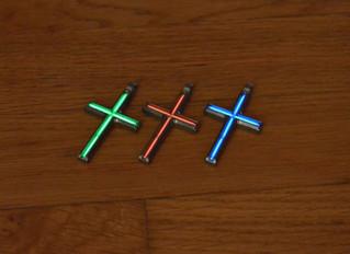 Large cross pendant in Titanium