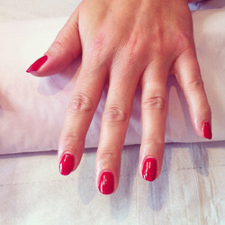 Hot rod red gelish