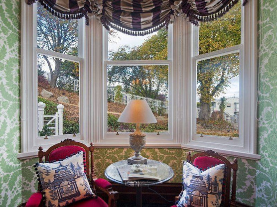 hulbert_house_boult-window-seats.jpg
